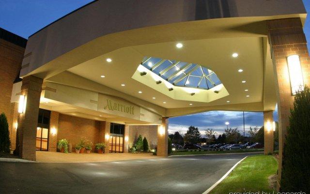 Отель Columbus Airport Marriott США, Колумбус - отзывы, цены и фото номеров - забронировать отель Columbus Airport Marriott онлайн вид на фасад