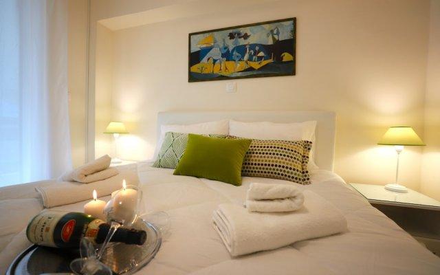 Отель Beautiful Aprtm MinutesFromHeartOfAthens комната для гостей