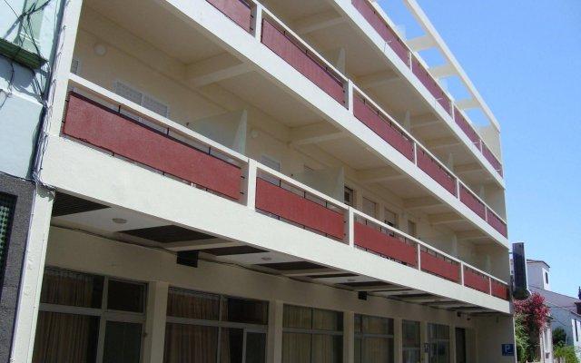 Отель Residencial Sete Cidades Португалия, Понта-Делгада - отзывы, цены и фото номеров - забронировать отель Residencial Sete Cidades онлайн вид на фасад
