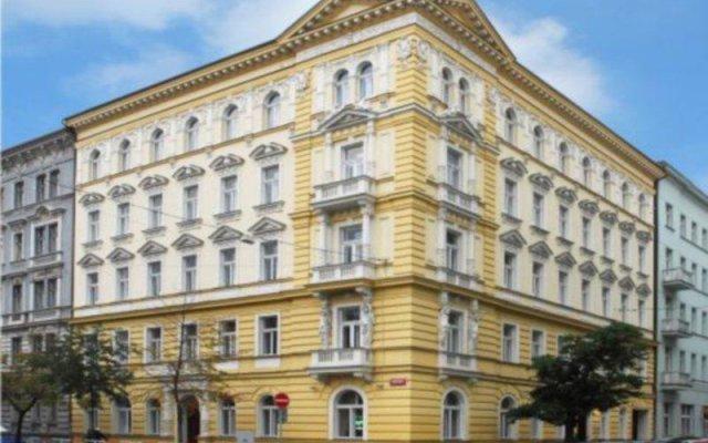 Отель Assenzio вид на фасад