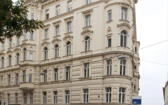 Отель Abieshomes Serviced Apartments - Votivpark Австрия, Вена - отзывы, цены и фото номеров - забронировать отель Abieshomes Serviced Apartments - Votivpark онлайн вид на фасад