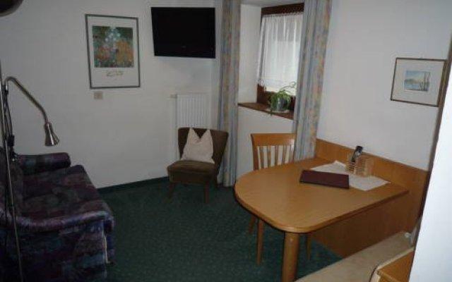 Garni-Hotel Tritscherhof Тироло комната для гостей