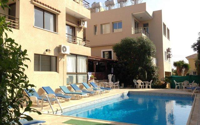 Апартаменты Panklitos Tourist Apartments бассейн