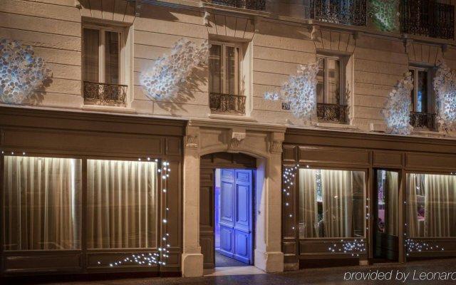 Seven Hotel Paris вид на фасад