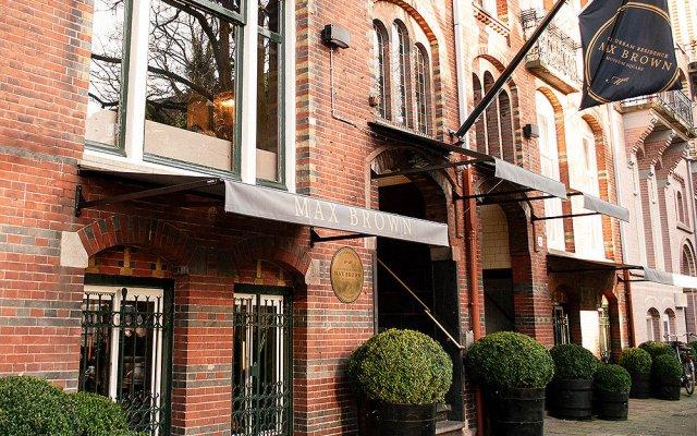 Отель Max Brown Hotel Museum Square Нидерланды, Амстердам - 3 отзыва об отеле, цены и фото номеров - забронировать отель Max Brown Hotel Museum Square онлайн вид на фасад