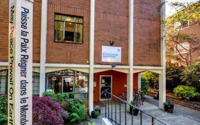 Отель HI Vancouver Downtown Канада, Ванкувер - отзывы, цены и фото номеров - забронировать отель HI Vancouver Downtown онлайн вид на фасад