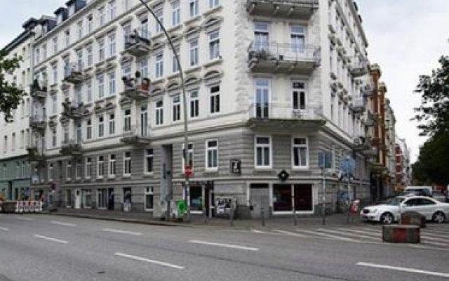 Отель Gaestezimmer auf St. Pauli Германия, Гамбург - отзывы, цены и фото номеров - забронировать отель Gaestezimmer auf St. Pauli онлайн вид на фасад