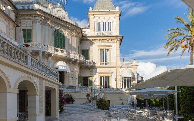 Imperiale Palace Hotel Церковь Св. Маргариты Лигурийской вид на фасад