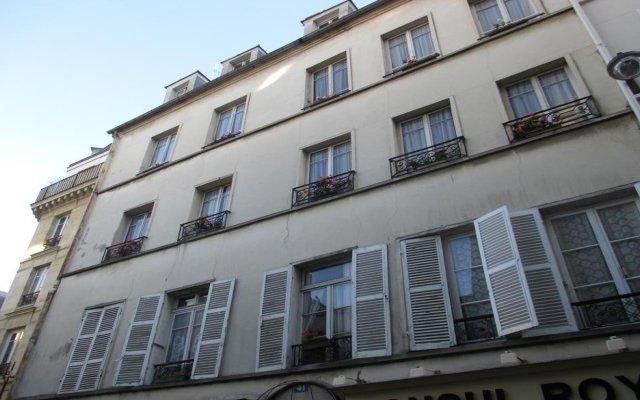 Отель Hôtel Stella Париж вид на фасад