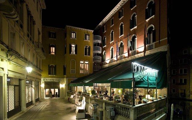 Hotel Bonvecchiati Венеция вид на фасад