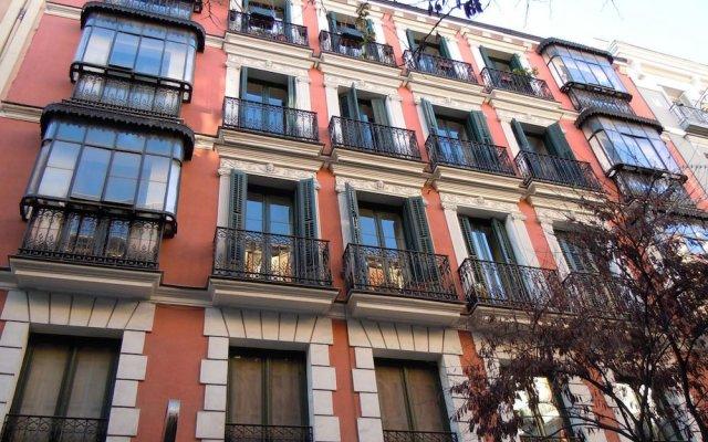 Отель Casagrand Madrid вид на фасад