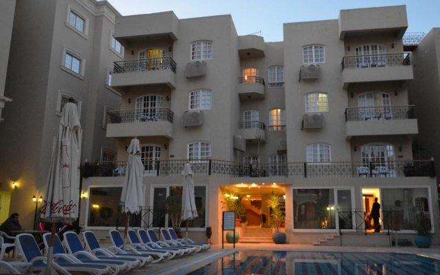 Elysees Dream Beach Hotel вид на фасад