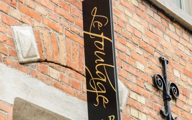 Отель B&B Le Foulage вид на фасад