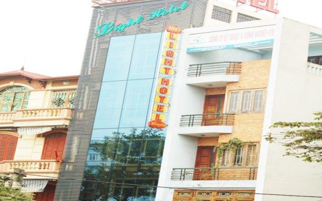 Light Hotel Ханой вид на фасад