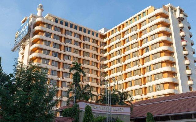 Отель Eastern Grand Palace Таиланд, Паттайя - отзывы, цены и фото номеров - забронировать отель Eastern Grand Palace онлайн вид на фасад