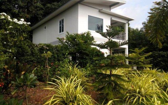 Отель Ocean Breeze House in Lamai Таиланд, Самуи - отзывы, цены и фото номеров - забронировать отель Ocean Breeze House in Lamai онлайн вид на фасад