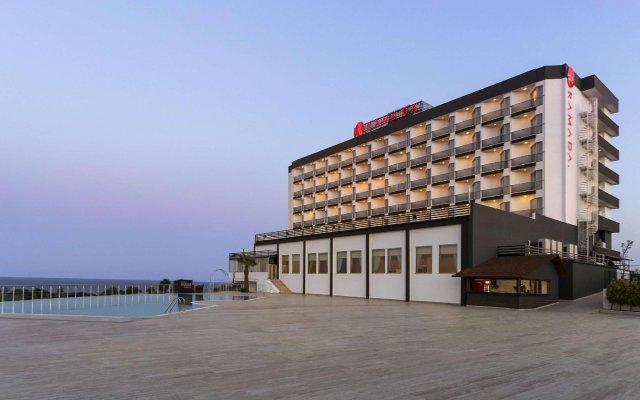 Ramada Tekirdag Hotel Турция, Текирдаг - отзывы, цены и фото номеров - забронировать отель Ramada Tekirdag Hotel онлайн вид на фасад