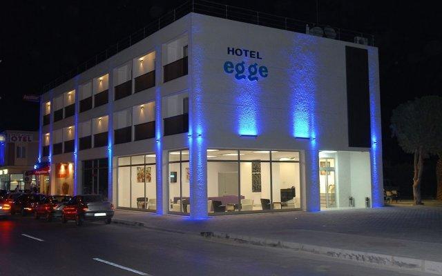Hotel Egge Чешме вид на фасад