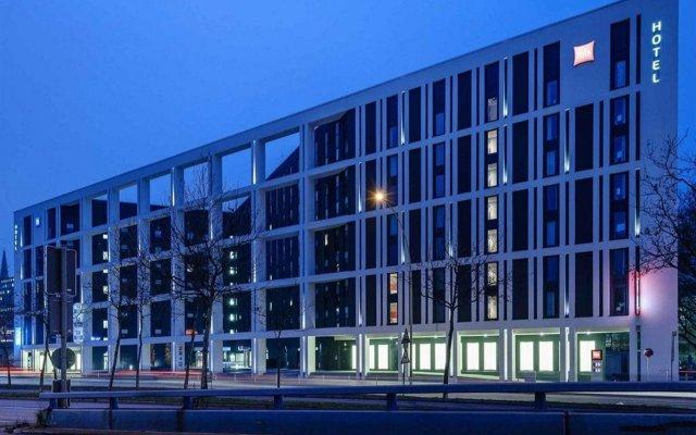 Отель Ibis Hamburg City Германия, Гамбург - 2 отзыва об отеле, цены и фото номеров - забронировать отель Ibis Hamburg City онлайн вид на фасад