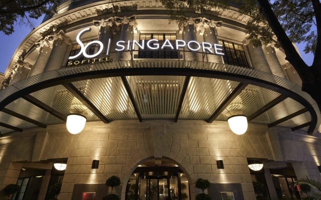 Отель Sofitel So Singapore вид на фасад
