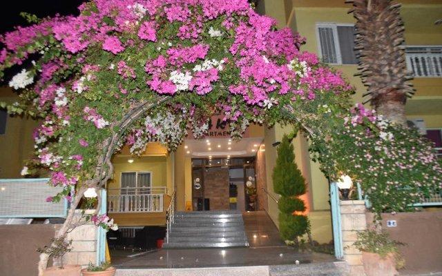 Отель Club Ako Apart вид на фасад