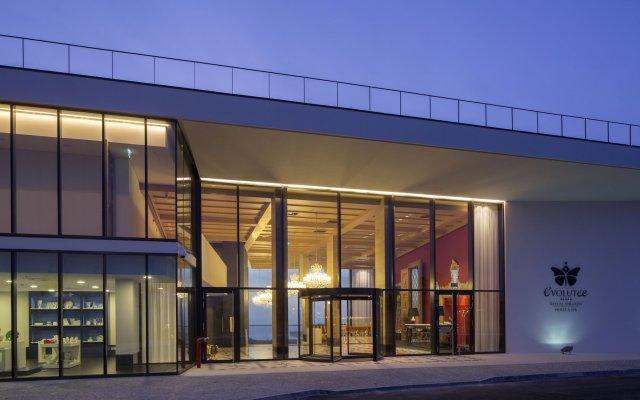 Evolutee Hotel вид на фасад