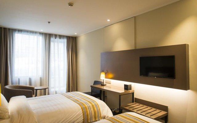 Отель Home Inn Plus West Lake Jiefang Road комната для гостей