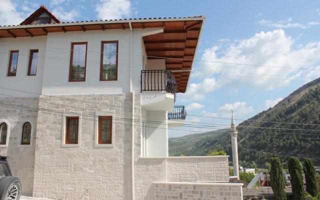 Отель Rezidenca Desaret Албания, Берат - отзывы, цены и фото номеров - забронировать отель Rezidenca Desaret онлайн вид на фасад