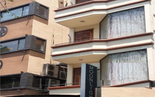 Апартаменты Moonlight Serviced Apartment - District 1 вид на фасад