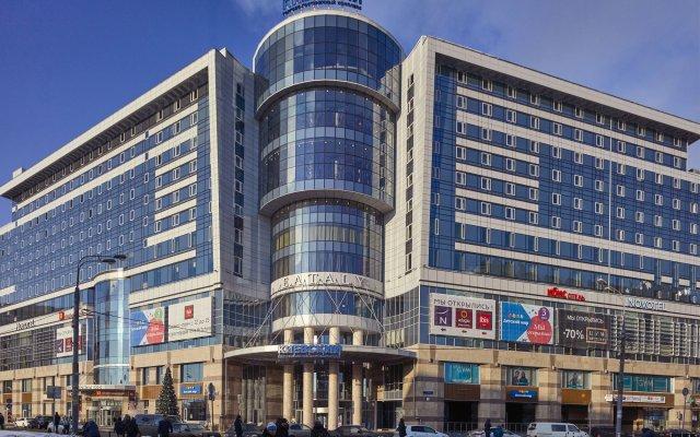 Гостиница Новотель Москва Киевская вид на фасад