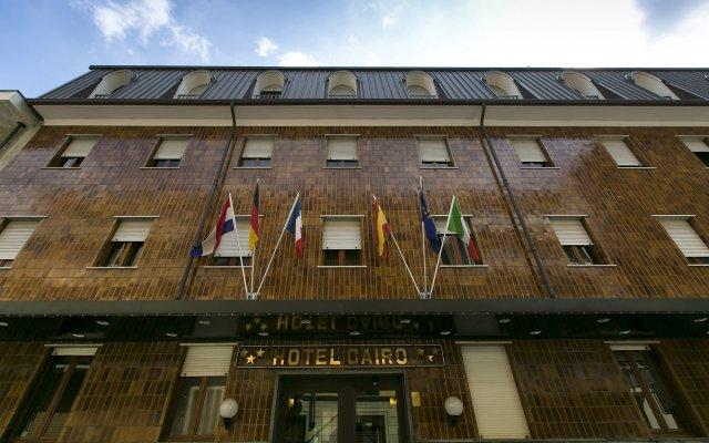 Отель Gran Torino вид на фасад