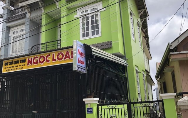 Ngoc Loan Hostel Далат вид на фасад