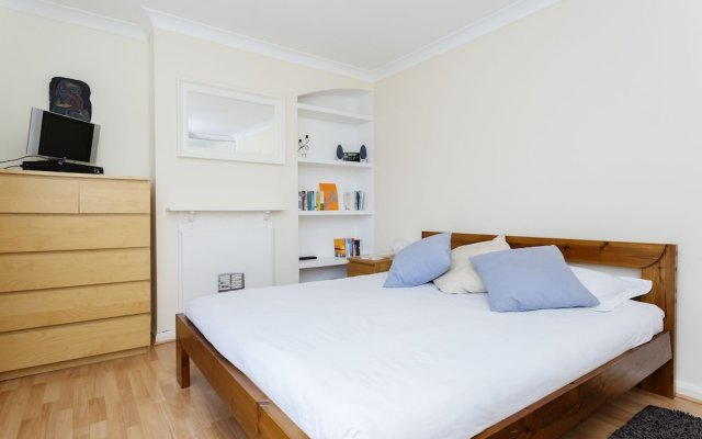 Отель Veeve - A Little Green комната для гостей