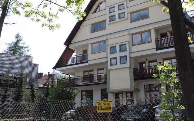 Отель Apartamenty City Krupówki Закопане вид на фасад