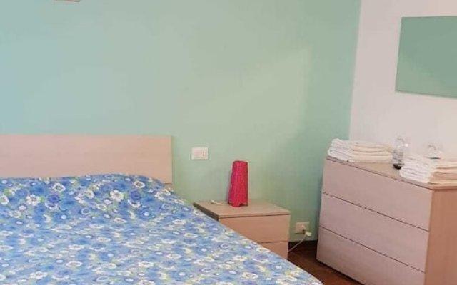 Etruria Airport Apartment