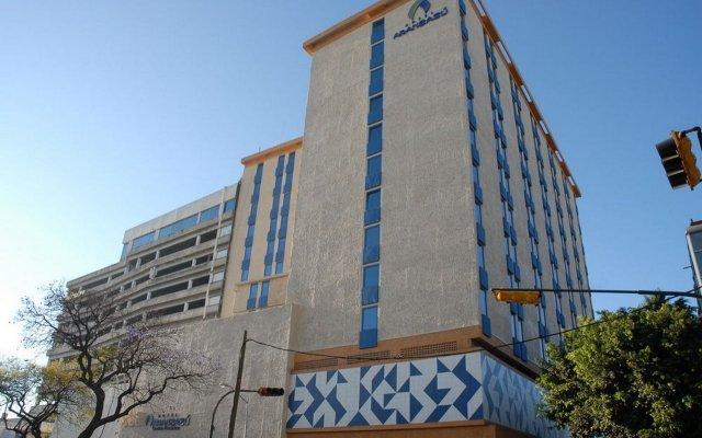 Отель Aranzazu Centro Historico Гвадалахара вид на фасад