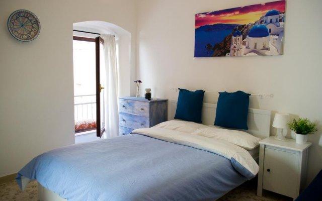 Отель Bari Backpackers 2.0 Бари комната для гостей
