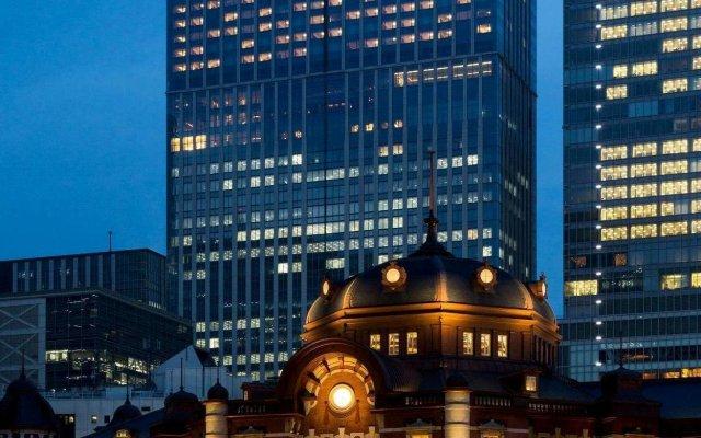 Shangri-La Hotel, Tokyo вид на фасад