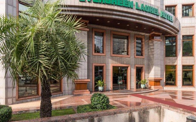 Evergreen Laurel Hotel Bangkok вид на фасад