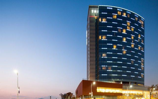Отель The MVL Goyang вид на фасад