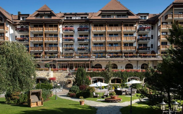 Отель Park Gstaad Швейцария, Гштад - отзывы, цены и фото номеров - забронировать отель Park Gstaad онлайн вид на фасад