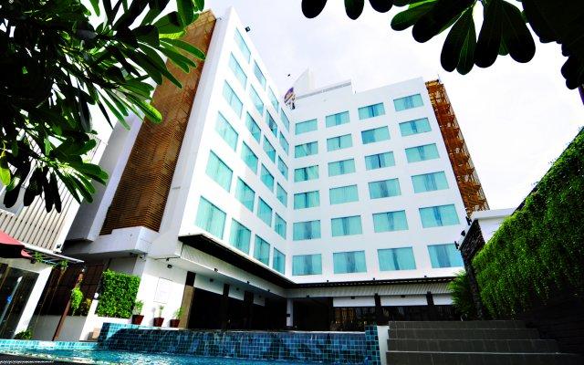 Отель Signature Pattaya Hotel Таиланд, Паттайя - отзывы, цены и фото номеров - забронировать отель Signature Pattaya Hotel онлайн вид на фасад