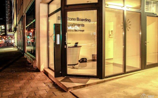 Отель BlueStone Boarding Apartments Германия, Дюссельдорф - отзывы, цены и фото номеров - забронировать отель BlueStone Boarding Apartments онлайн вид на фасад