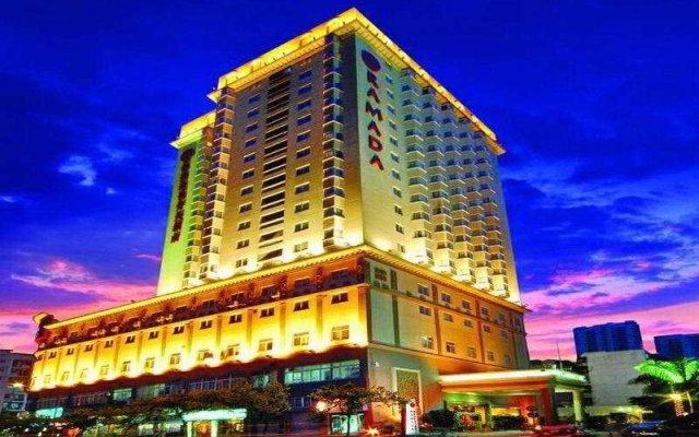 Отель Ramada Hotel Xiamen Китай, Сямынь - отзывы, цены и фото номеров - забронировать отель Ramada Hotel Xiamen онлайн вид на фасад