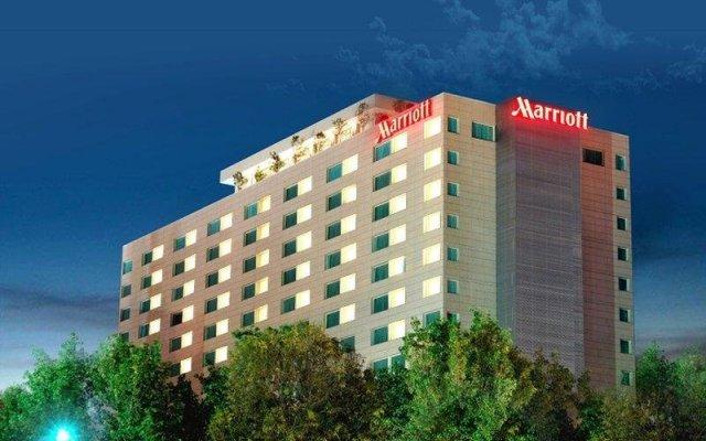 Отель Mexico City Marriott Reforma Hotel Мексика, Мехико - отзывы, цены и фото номеров - забронировать отель Mexico City Marriott Reforma Hotel онлайн вид на фасад