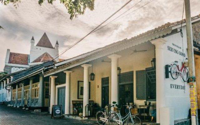 Отель The Bungalow Galle Fort Шри-Ланка, Галле - отзывы, цены и фото номеров - забронировать отель The Bungalow Galle Fort онлайн вид на фасад