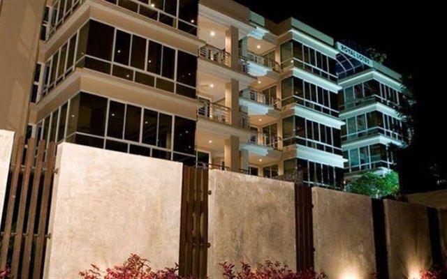Отель Baan Karon View вид на фасад