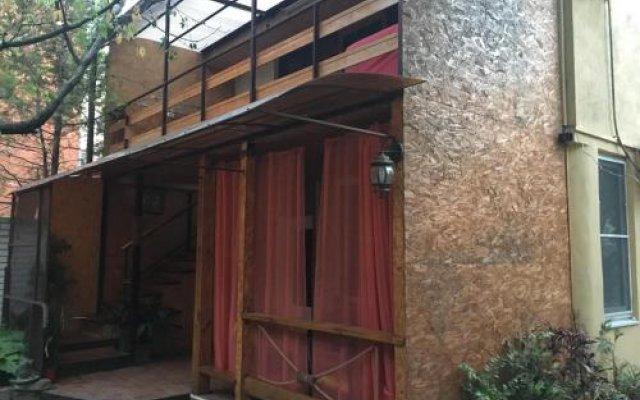Гостиница On Samburova 242 Guest House в Анапе отзывы, цены и фото номеров - забронировать гостиницу On Samburova 242 Guest House онлайн Анапа вид на фасад