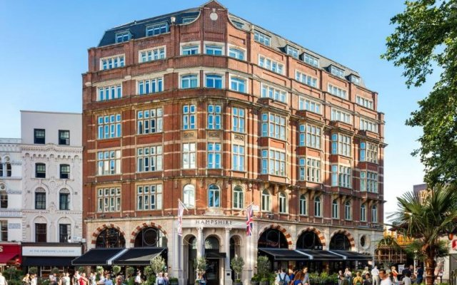 Отель Radisson Blu Edwardian, Leicester Square Великобритания, Лондон - отзывы, цены и фото номеров - забронировать отель Radisson Blu Edwardian, Leicester Square онлайн вид на фасад