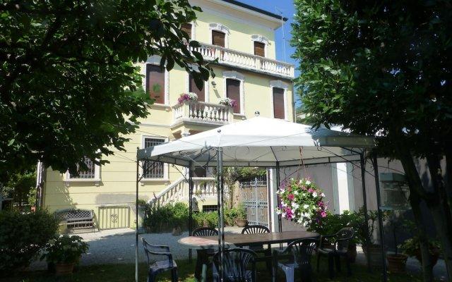 Отель Padovaresidence Ai Talenti Apartment Италия, Падуя - отзывы, цены и фото номеров - забронировать отель Padovaresidence Ai Talenti Apartment онлайн вид на фасад